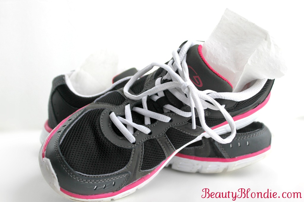 How To Keep Shoe Closet Smelling Fresh How To Remove The Smell Of Mothballs From Shoes The How