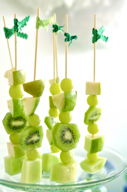 Green-Healthy-Fruit-Skewers-531x800