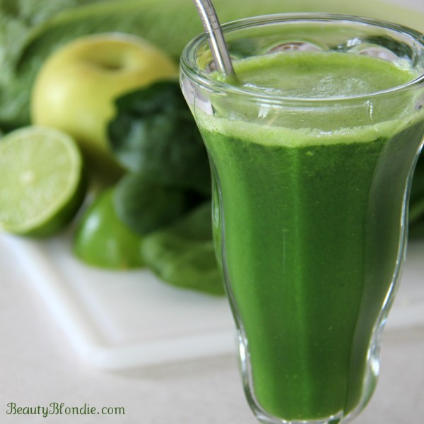 This-is-the-a-perfect-St-Patricks-day-green-juice-600x600